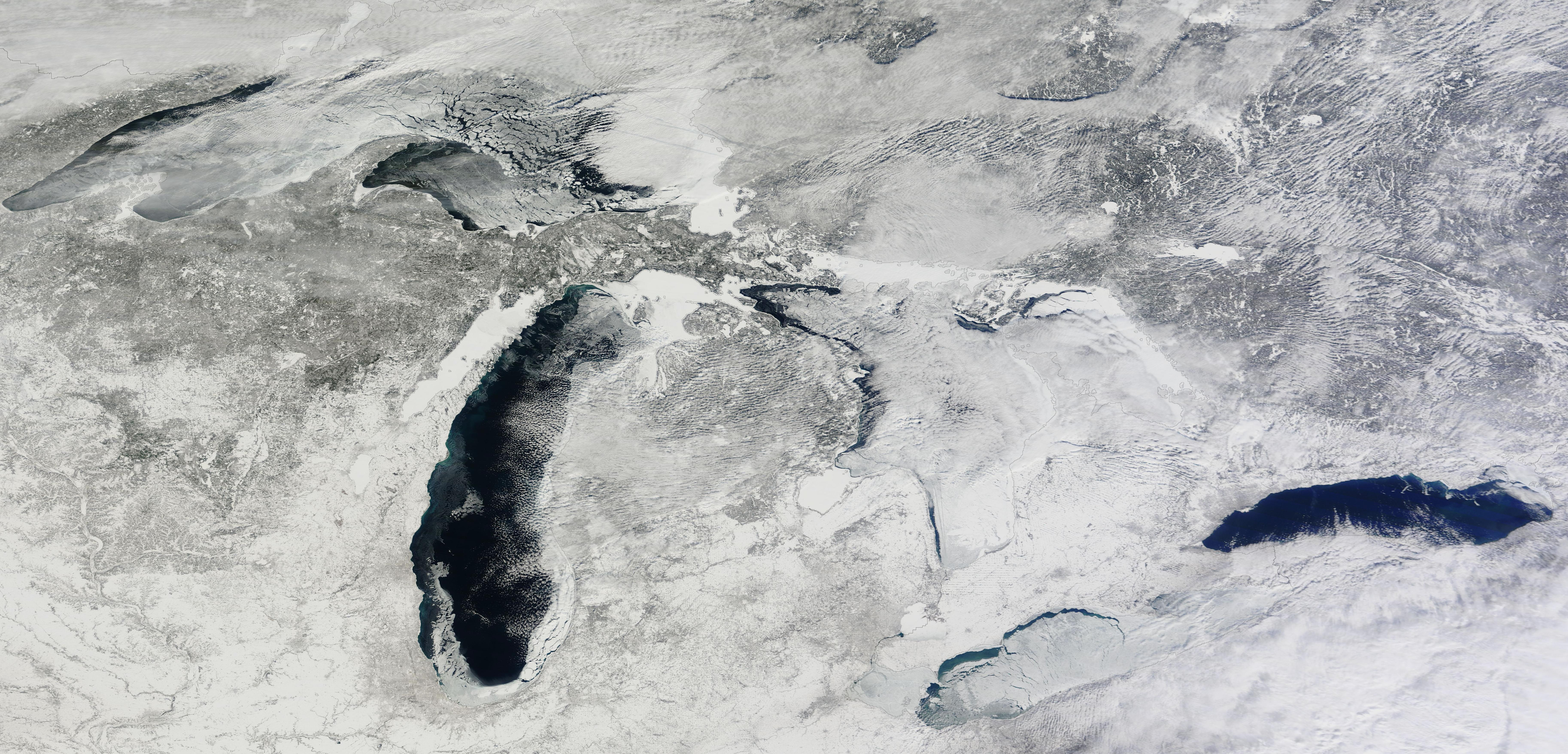 great-lakes-with-substantial-portion-still-ice-free.jpg